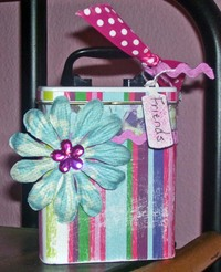 Altered_band_aid_tin